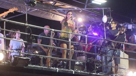 Ivete Sangalo retoma agenda de shows em carnaval 'só dela' na orla de Salvador: 'Estou me sentindo'