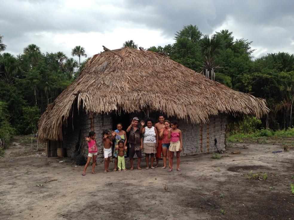 Em 2013, G1 já havia mostrado  a situação de extrema pobreza de famílias no Maranhão, como a família de Raimundo e Maria do Socorro. (Foto: Clarissa Carramilo/G1)