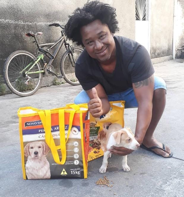 O projeto ajuda principalmente os bairros Bangu e Padre Miguel, no Rio de Janeiro (Foto: Reprodução/Instagram)