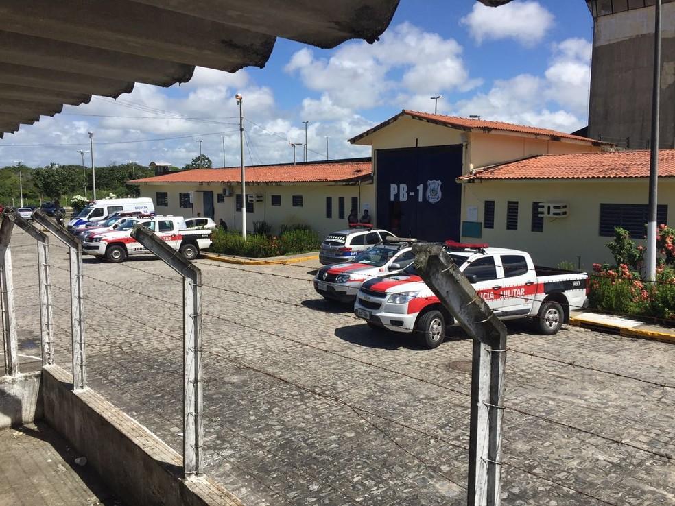 Detento que tentou subornar agentes penitenciários cumpre pena no Presídio PB1, em Jacarapé (Foto: Walter Paparazzo/G1)