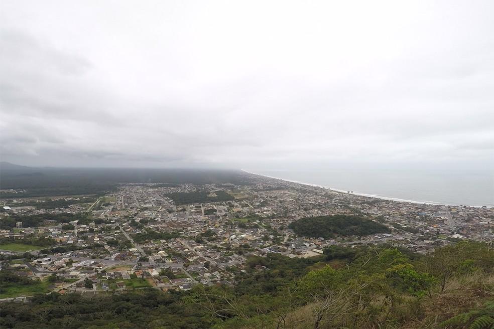 Uma das visões no Morro Escalvado. — Foto: Marcio Kubo