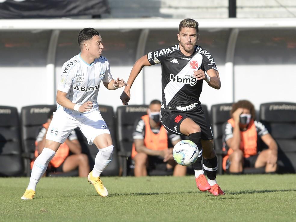 Cláudio Winck foi titular nos últimos dois jogos do Vasco — Foto: André Durão