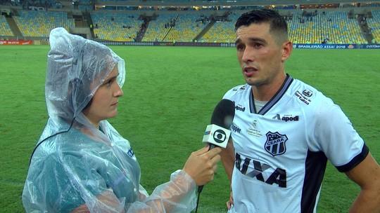 """Juninho destaca desempenho do Ceará contra o Flu: """"Voltamos para casa com a cabeça erguida"""""""