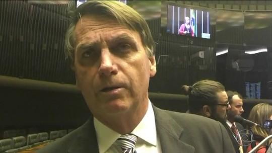 Vendedora de açaí deixa cargo de secretária parlamentar de Bolsonaro