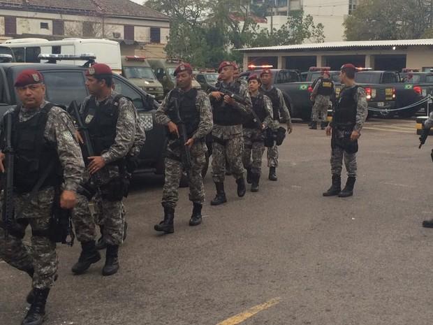 Força Nacional de Segurança chega a Porto Alegre (Foto: Jonas Campos/RBS TV)