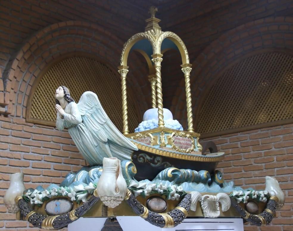 Trono foi restaurado para os 300 anos de Nossa Senhora (Foto: Marília Ribeiro/Santuário Nacional)