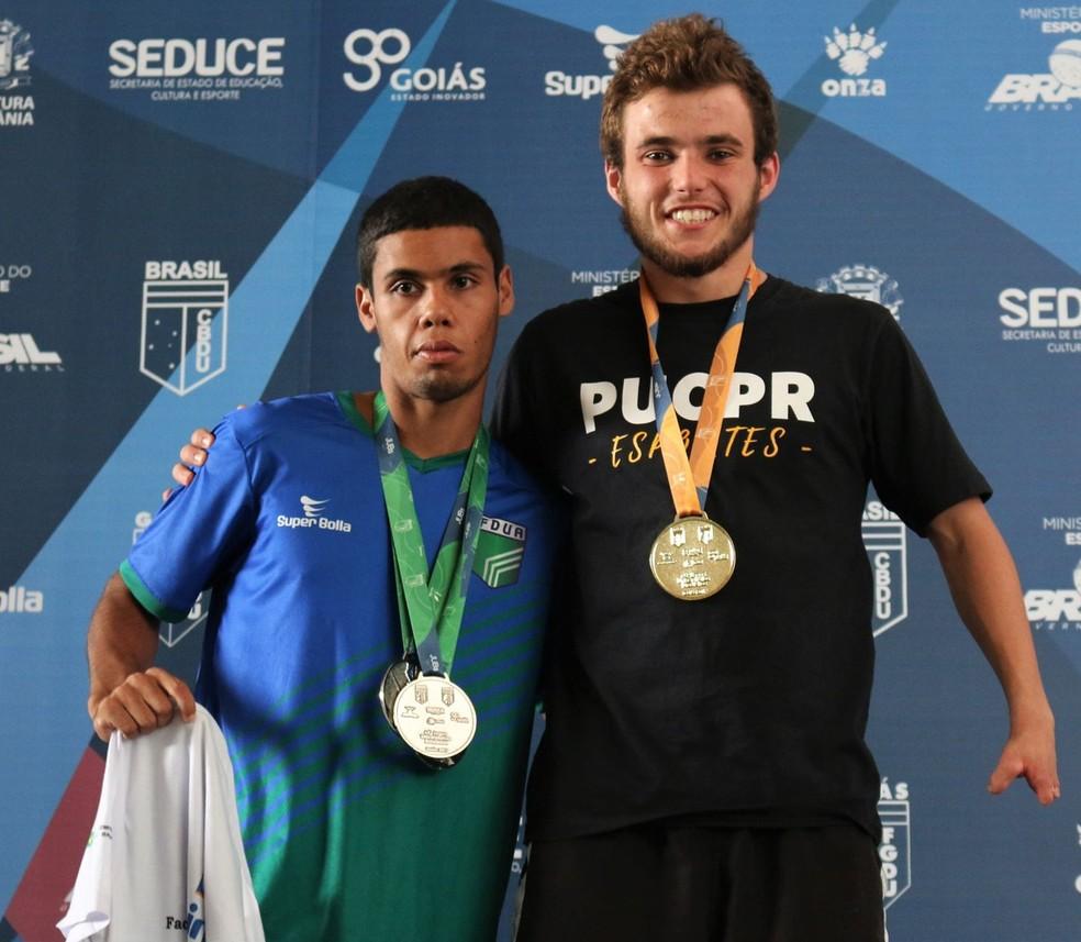 Lucas Macedo (T38) foi prata nos 50m livres, nos 50m costas e nos 100m livres nos JUB's 2017 (Foto: Lucas Macedo/arquivo pessoal)