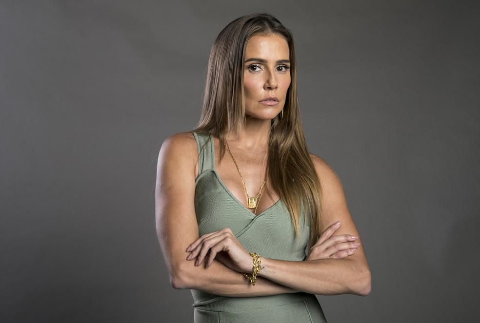 Deborah Secco fala sobre a cena de Karola dizendo adeus ao cabelão — Foto: TV Globo/João Cotta