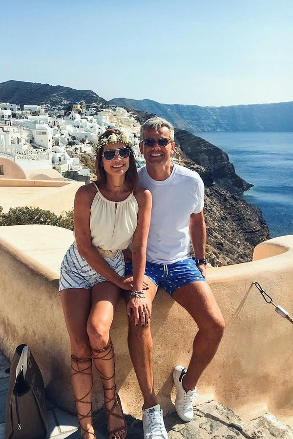 Flávia Alessandra e Otaviano Costa na Grécia (Foto: Reprodução Instagram)