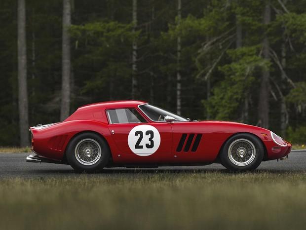 Ferrari é vendida por 44 milhões de dólares (Foto: Divulgação)