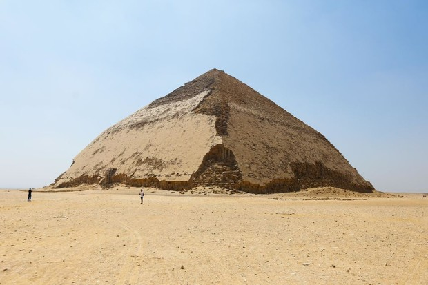 12 July 2020, Egypt, Dahshur: A general view for the newly restored Bent Pyramid of Sneferu. Photo: Hassan Mohamed/dpa (Photo by Hassan Mohamed/picture alliance via Getty Images) (Foto: picture alliance via Getty Image)