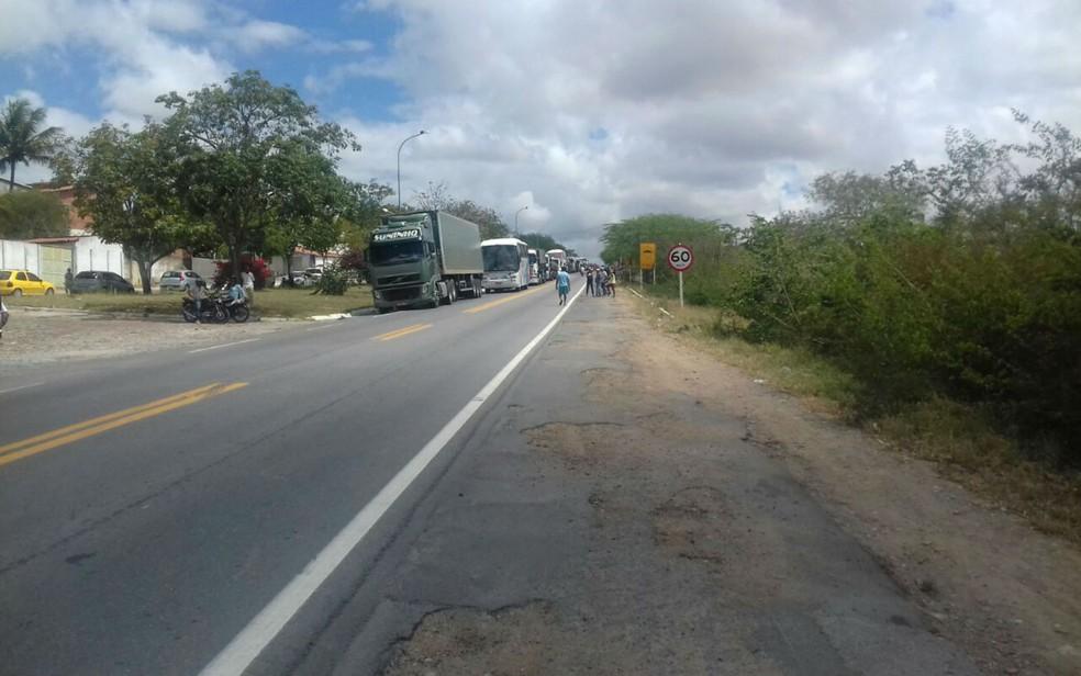 Manifestação gerou congestionamento de cerca de 10 km, segundo PM  (Foto: Divulgação/Polícia Militar)