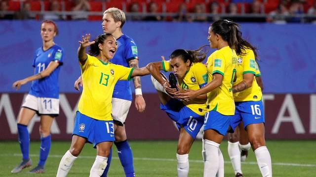 Gol Marta Itália x Brasil