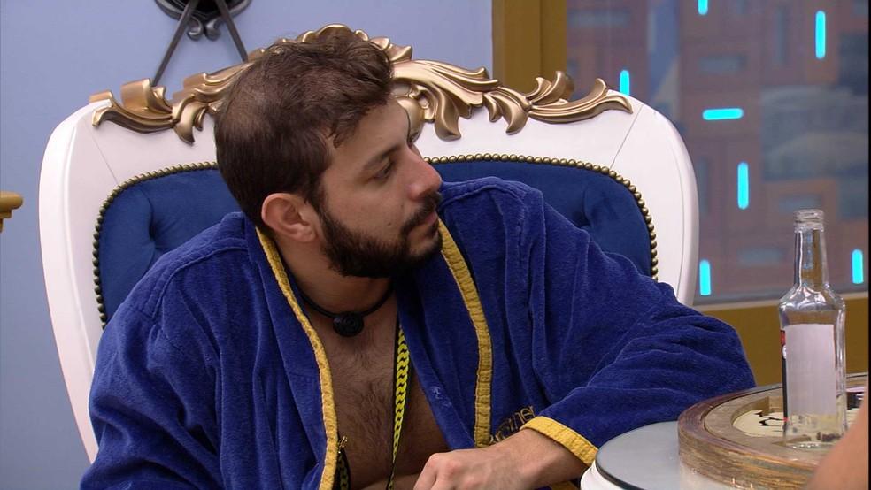 Caio analisa jogo do BB21 com Gilberto e Arthur — Foto: Globo