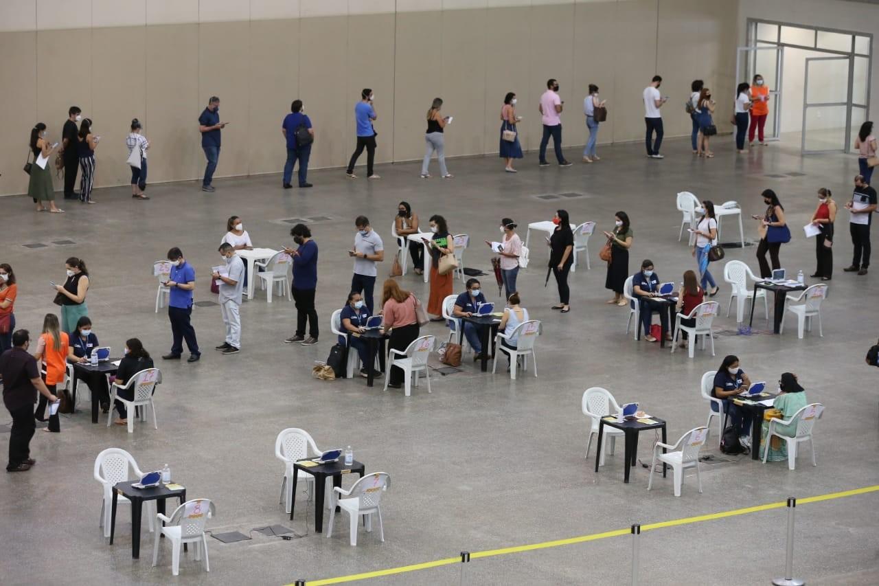 Fortaleza tem 49 pontos de vacinação contra a Covid-19 neste sábado