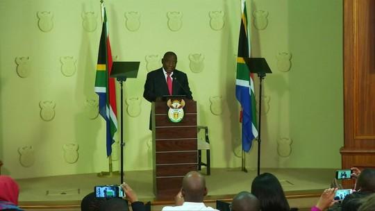 Presidente reeleito sul-africano nomeia 50% de mulheres para gabinete