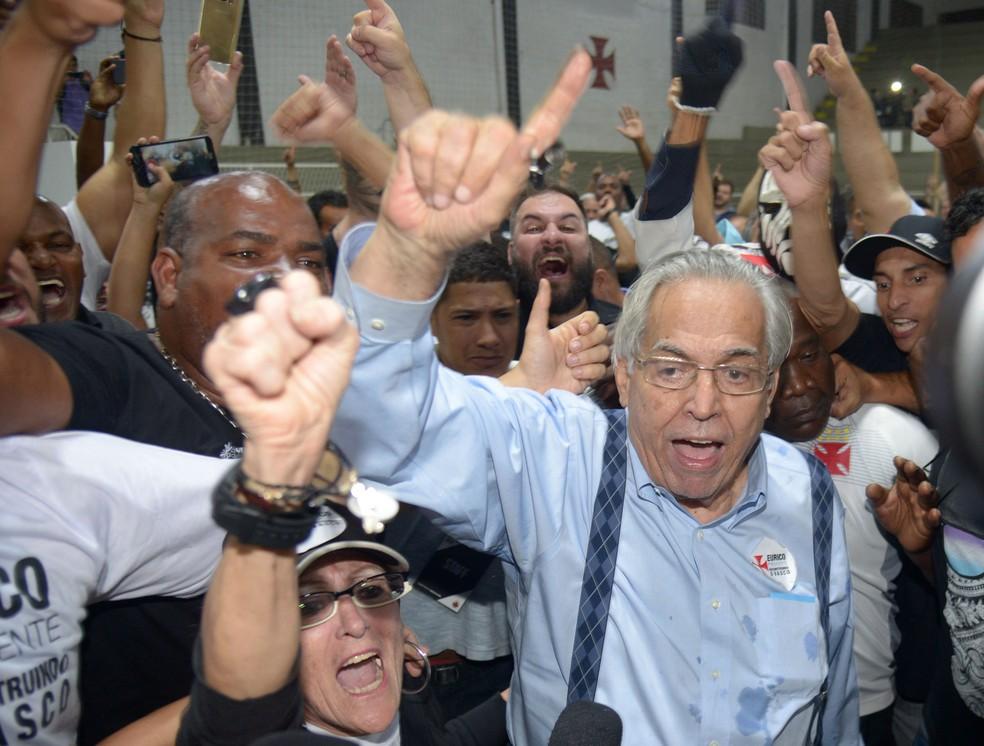 Com nova decisão da Justiça, chapa de Eurico Miranda volta a ficar em primeiro lugar na eleição do Vasco (Foto: André Durão / GloboEsporte.com)