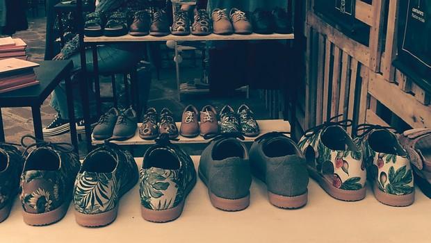 Sapatos da Insectashoes expostos na Brasil Eco Fashion Week (Foto: Época NEGÓCIOS)