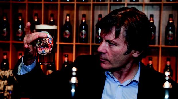Bruce Dickinson  (Foto: Divulgação )