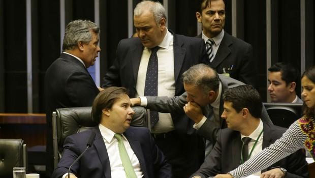 Presidente da Câmara, Rodrigo Maia, durante sessão plenária no dia 23 de maio (Foto: Fabio Rodrigues Pozzebom/Agência Brasil)