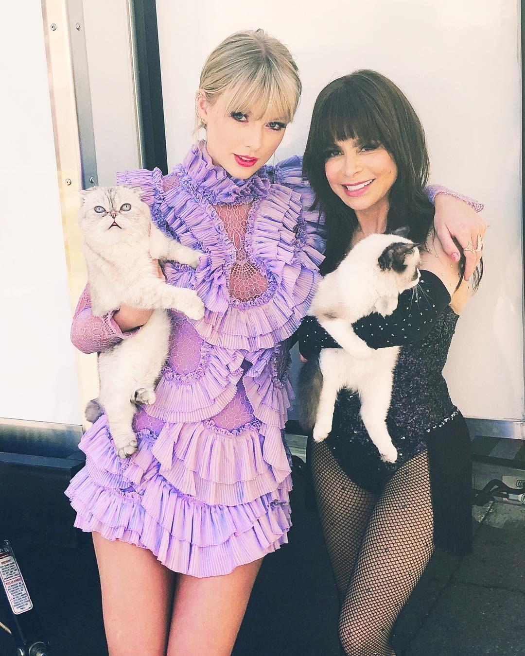 Taylor Swift e Paula Abdul (Foto: Reprodução/Instagram)