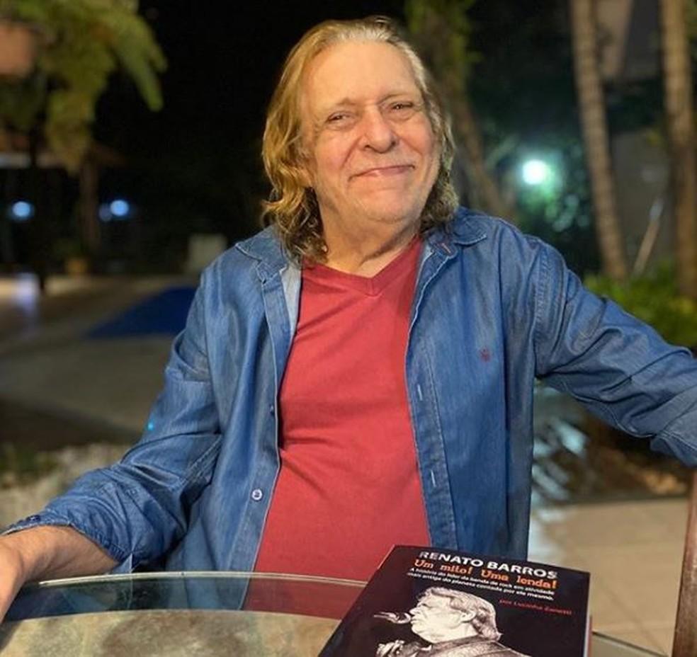 Renato Barros, líder da banda Renato e seus Blue Caps — Foto: Reprodução Instagram