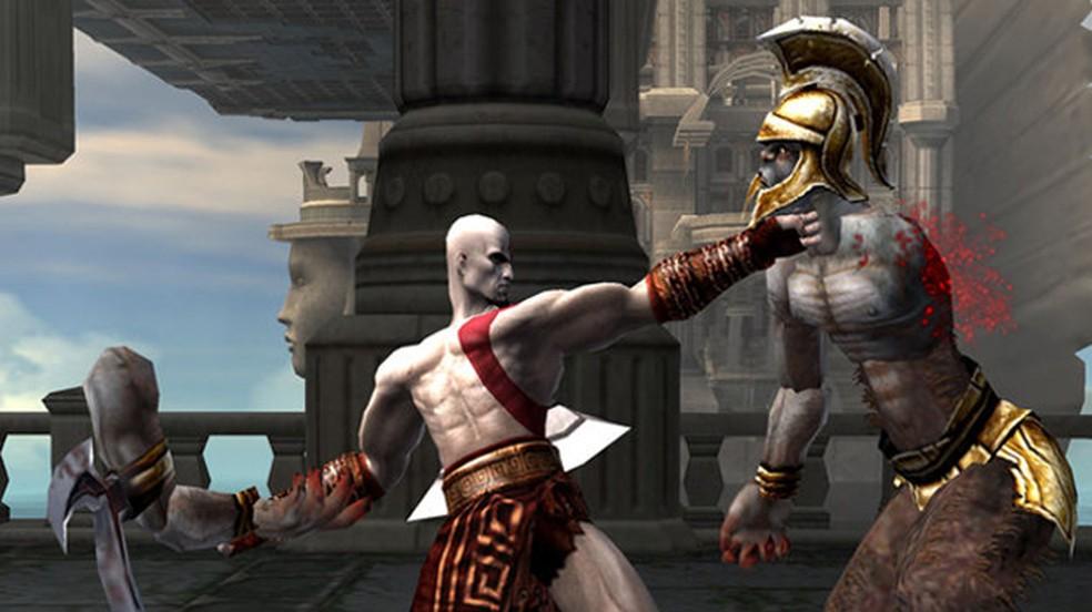 Foi ainda no PlayStation 2 que Kratos começou sua jornada de vingança que levou a franquia até o PS4 — Foto: Reprodução/PlayStation