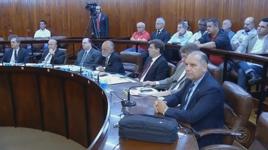 Vereadores de Marília aprovam projeto para manter 13 cadeiras na Câmara