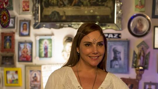 Heloísa Perissé mostra visual místico de Mileide, personagem de 'A Lei do Amor'