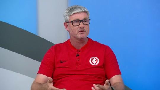 Odair Hellmann elogia características do Internacional, mas pede calma em relação ao título do Brasileiro