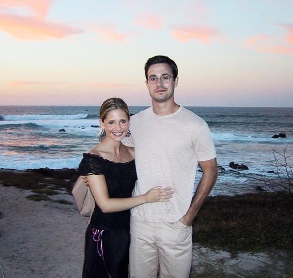 Freddie Prinze Jr. e Sarah Michelle Gellar (Foto: Instagram)
