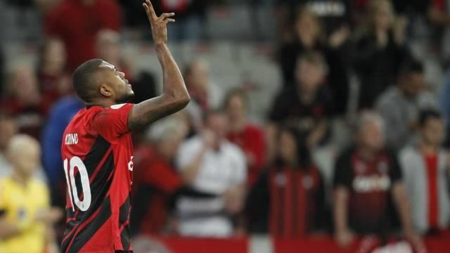 Marcelo Cirino comemora gol do Athletico