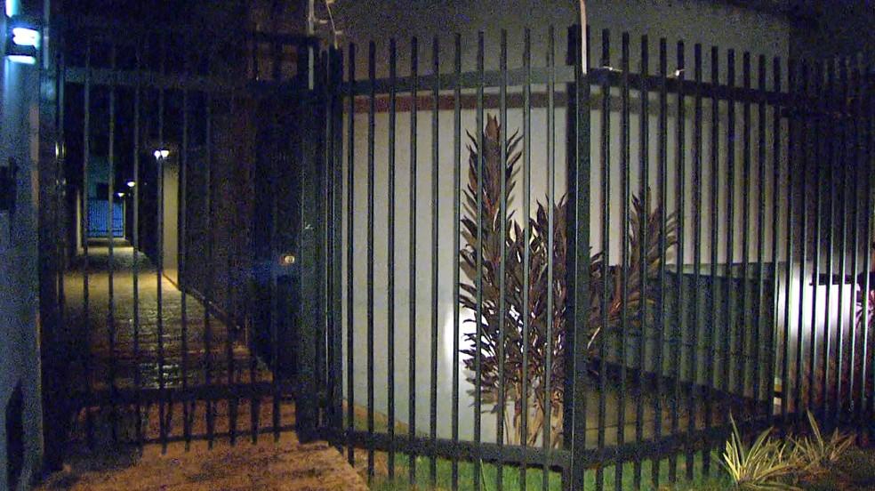Assalto aconteceu em prédio no Jardim Paulista em Ribeirão Preto (Foto: Alexandre Sá/EPTV)