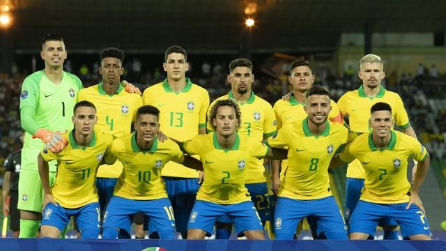 Jogadores titulares do Brasil na estreia no Pré-Olímpico