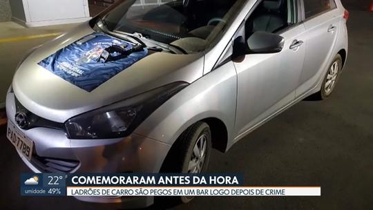 Criminosos são presos comemorando roubo de carro