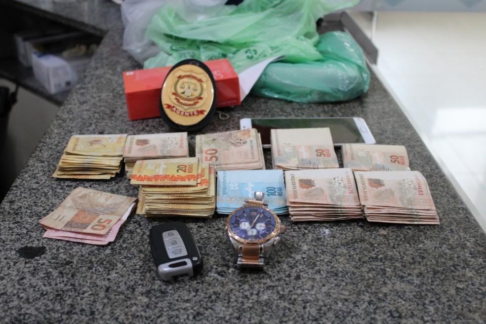 Dinheiro apreendido durante a operação Torre de Babel — Foto: Polícia Civil do DF/Divulgação