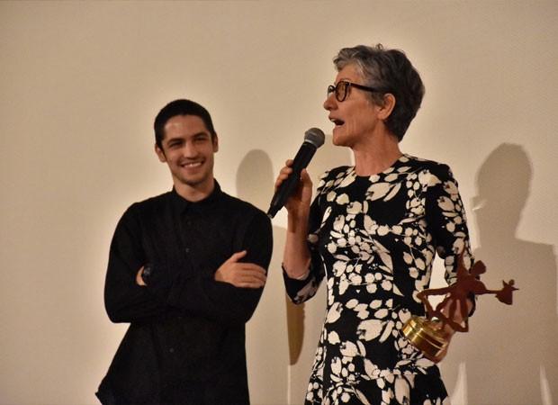 Cassia Kis e Gabriel Leone (Foto: Felipe Souto Maior / AgNews)