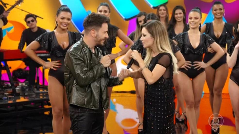 """Sandy agradece ao irmão pela turnê """"Nossa História"""" — Foto: Globo"""