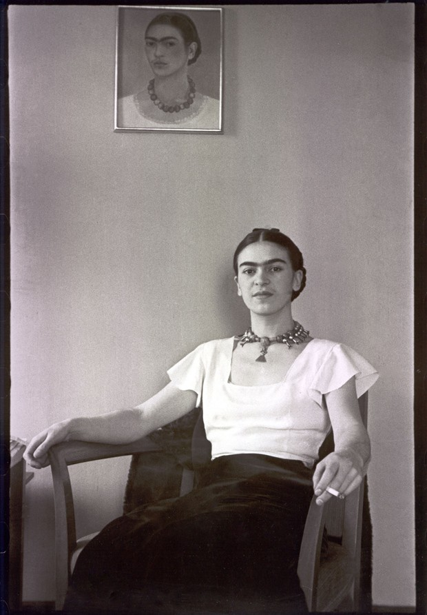 Lucienne Bloch, 'Frida Kahlo en el hotel Barbizon Plaza - 1931' (Foto: The Gelman Collection/ Divulgação)