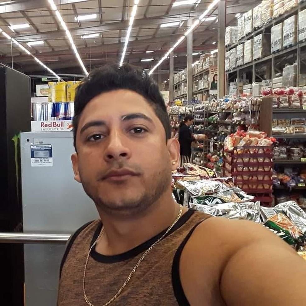 Raimundo Santana da Silva, de 32 anos, é suspeito de matar homem após briga em bar no DF — Foto: Reprodução