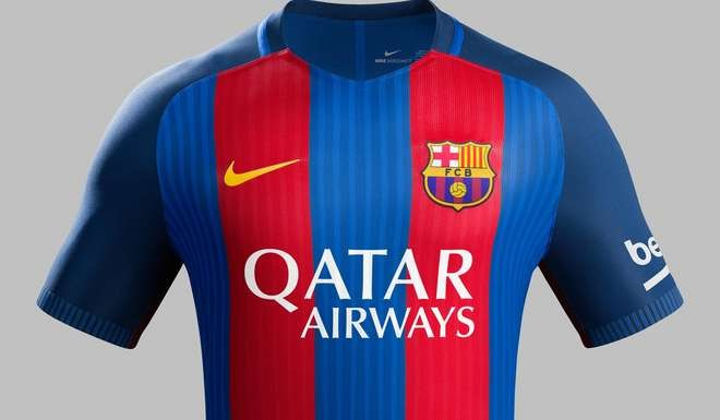 Camisa do Barcelona, patrocinado pela Qatar Airways