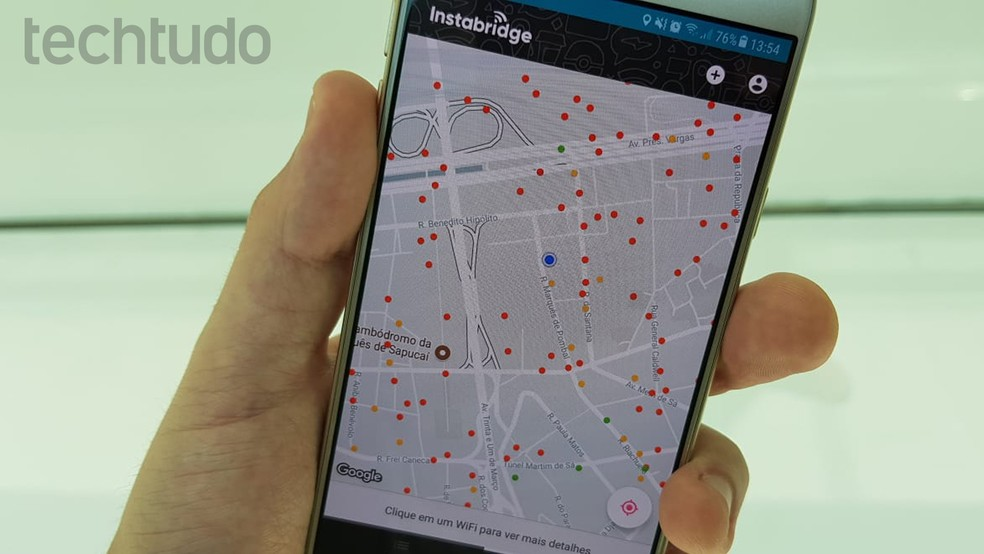 Instabridge exibe pontos de acesso Wi-Fi no mapa (Foto: Bruno De Blasi/TechTudo)