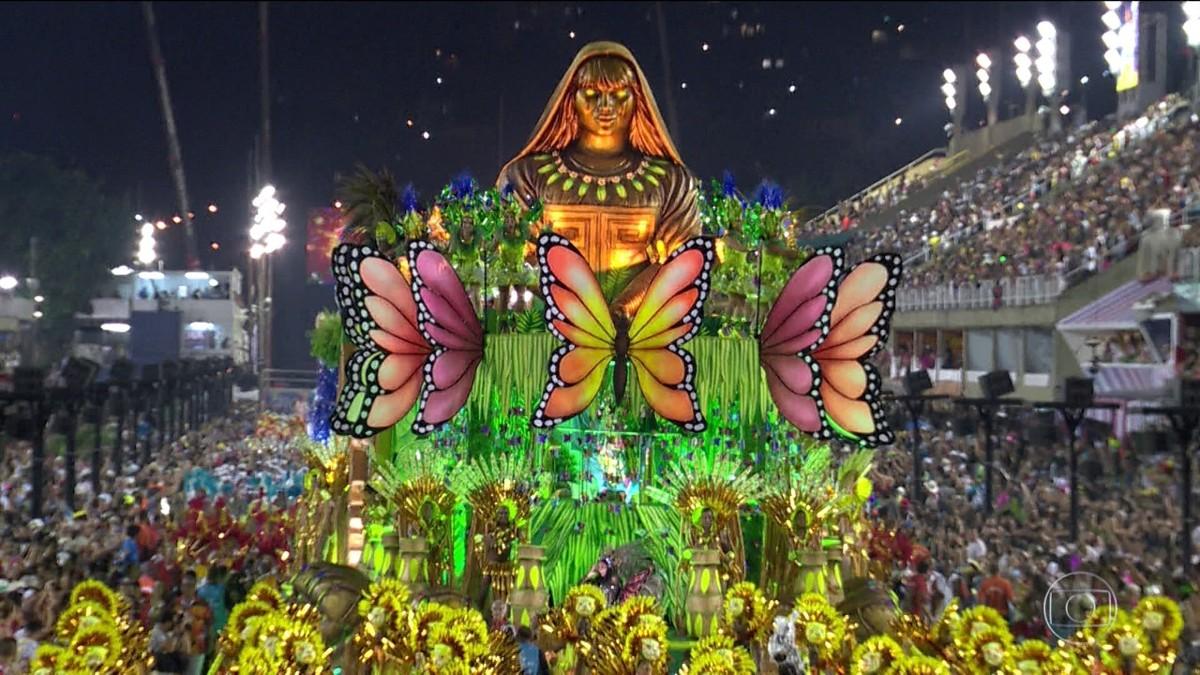 Opções de roteiro de carro para curtir o carnaval no Rio de Janeiro