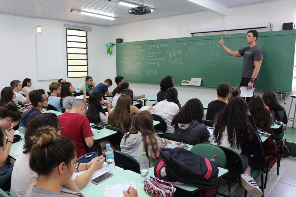 Frederico Torres, professor do DF, gabaritou a prova de matemática no Enem 2019 — Foto: Arquivo Pessoal