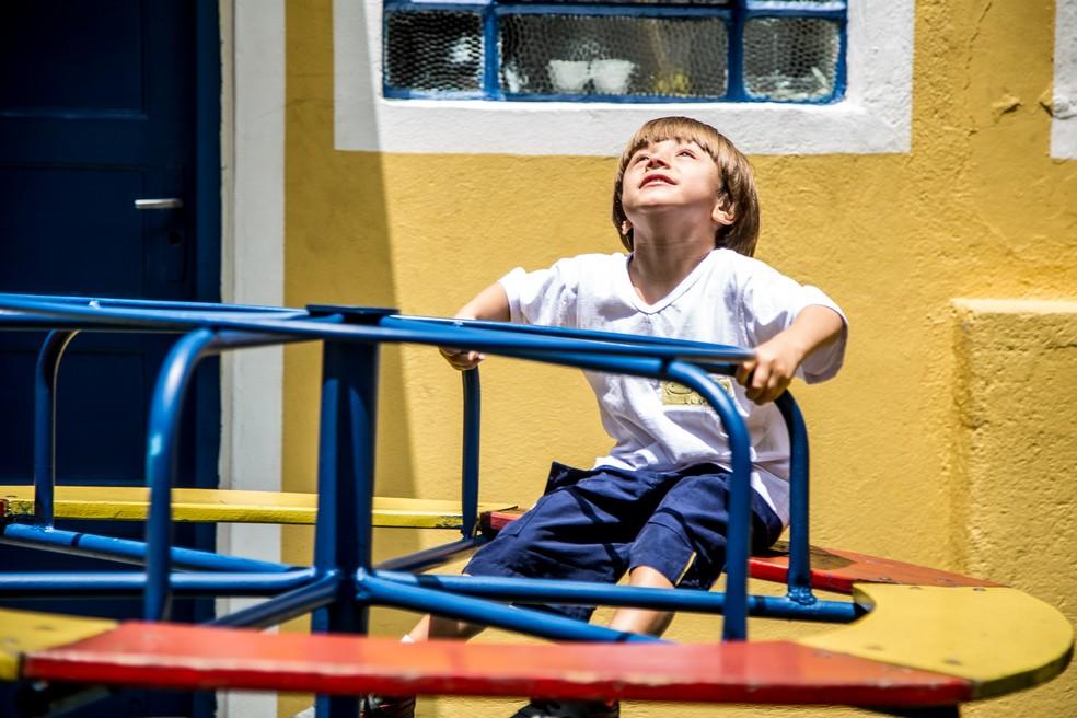 Criança com autismo em uma escola de São Paulo — Foto: Raul Zito/G1