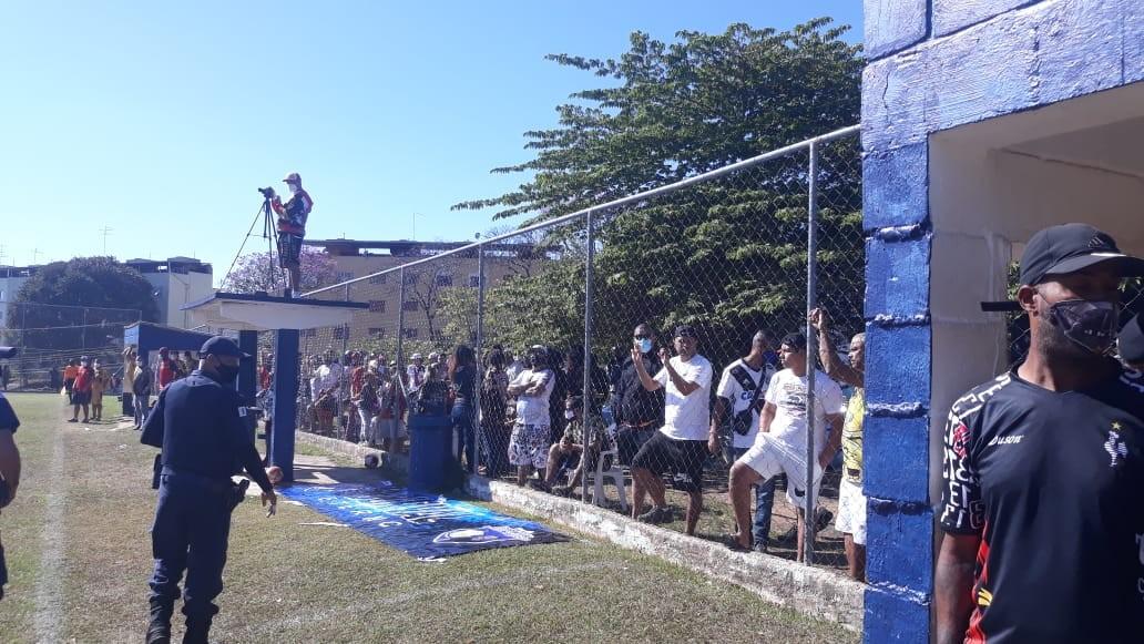 Guarda dispersa 500 pessoas em jogo de futebol e 3 participantes são multados em Campinas