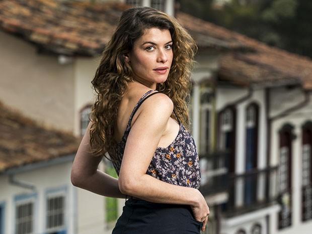 Alinne Moraes como Isabel em Espelho da Vida (Foto: João Miguel Junior / Globo)