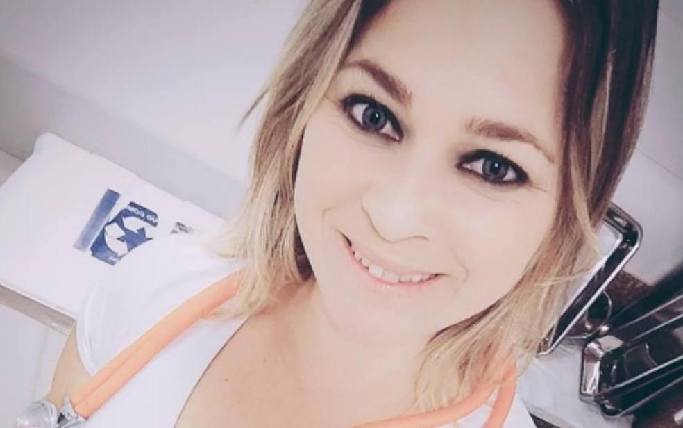 Daiane Alves do Carmo disse que perdoa aluno suspeito de matar o coordenador Júlio César Barroso, em Valparaíso de Goiás — Foto: Reprodução/Facebook
