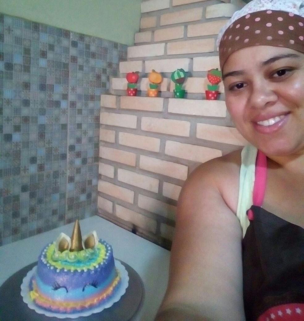 Moradora de Tatuí começou a fazer doces para complementar a renda (Foto: Arquivo Pessoal/Daniele Diniz Correa)