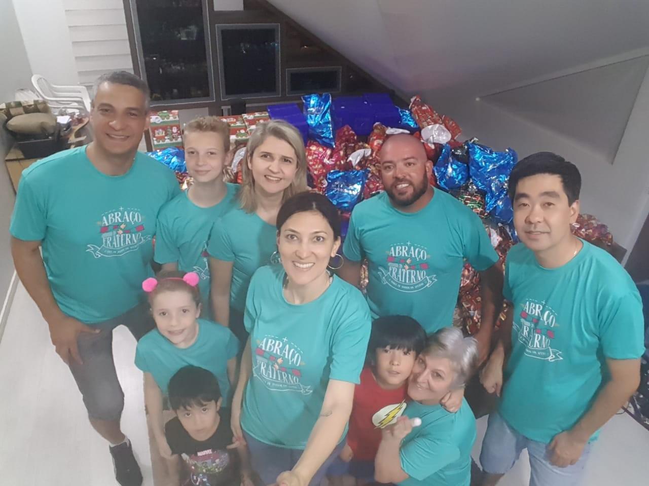 Grupo de amigos faz festa de Natal para crianças carentes de Curitiba; saiba como ajudar - Noticias